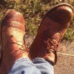 La fabrication de chaussures en cuir de poisson : de l'océan aux forêts